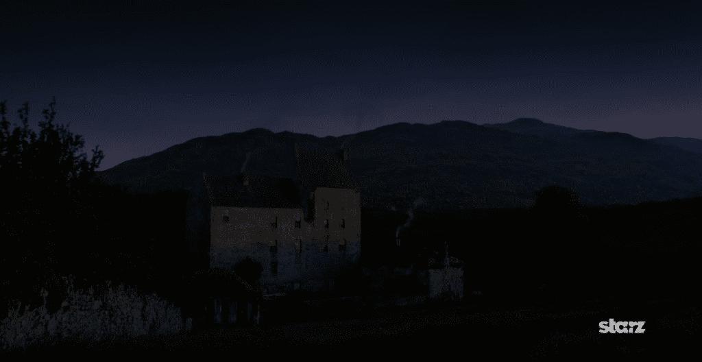 Lallybroch at night