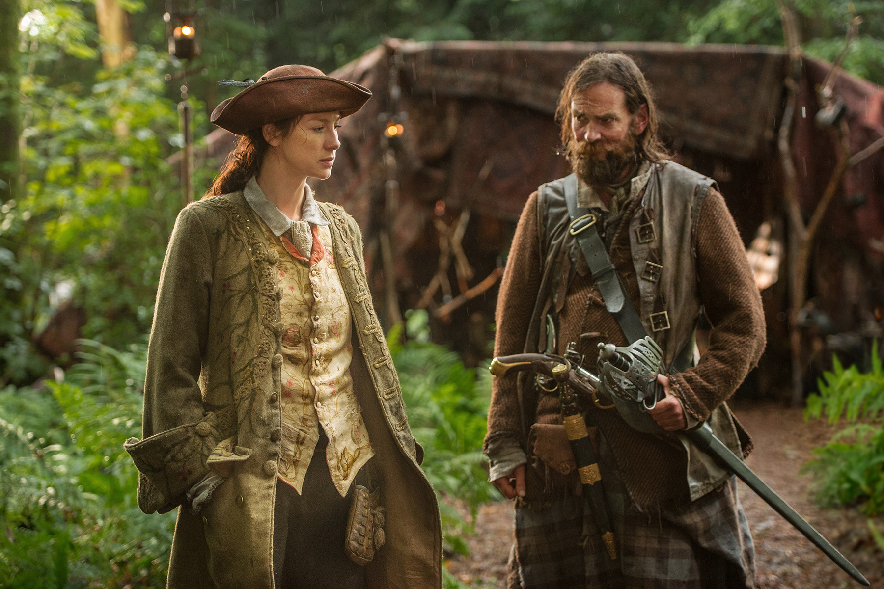 Caitriona Balfe (Claire Randall Fraser) and Duncan Lacroix (Murtagh Fitzgibbons)